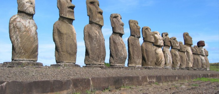 Easter Island – Groovin' with Rapper Nui